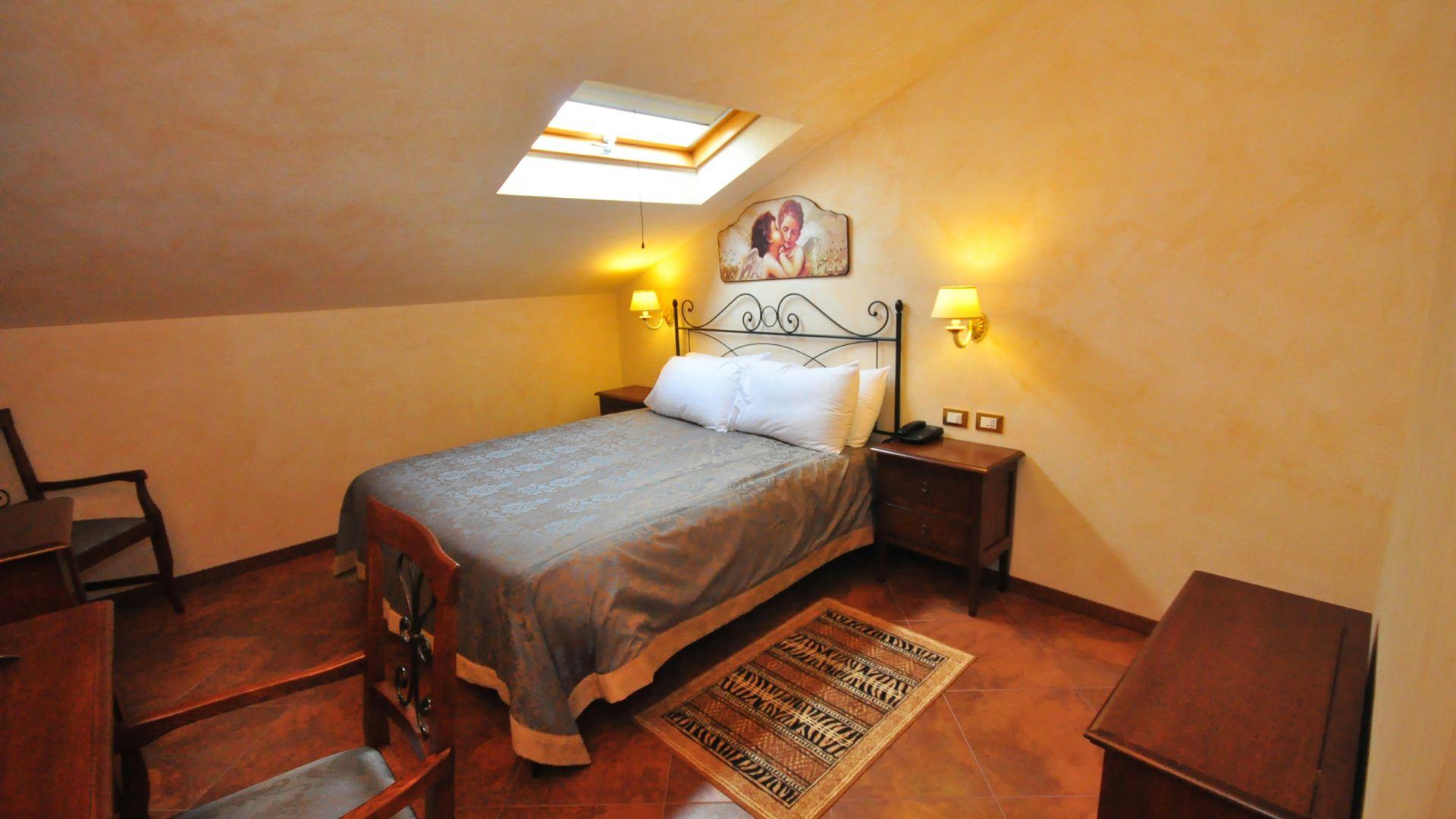 oc-casali-rome-rooms-08