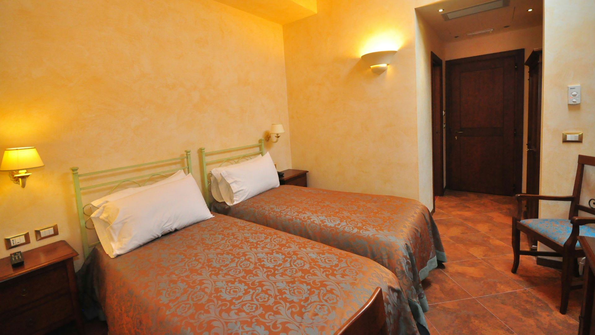 oc-casali-rome-rooms-12
