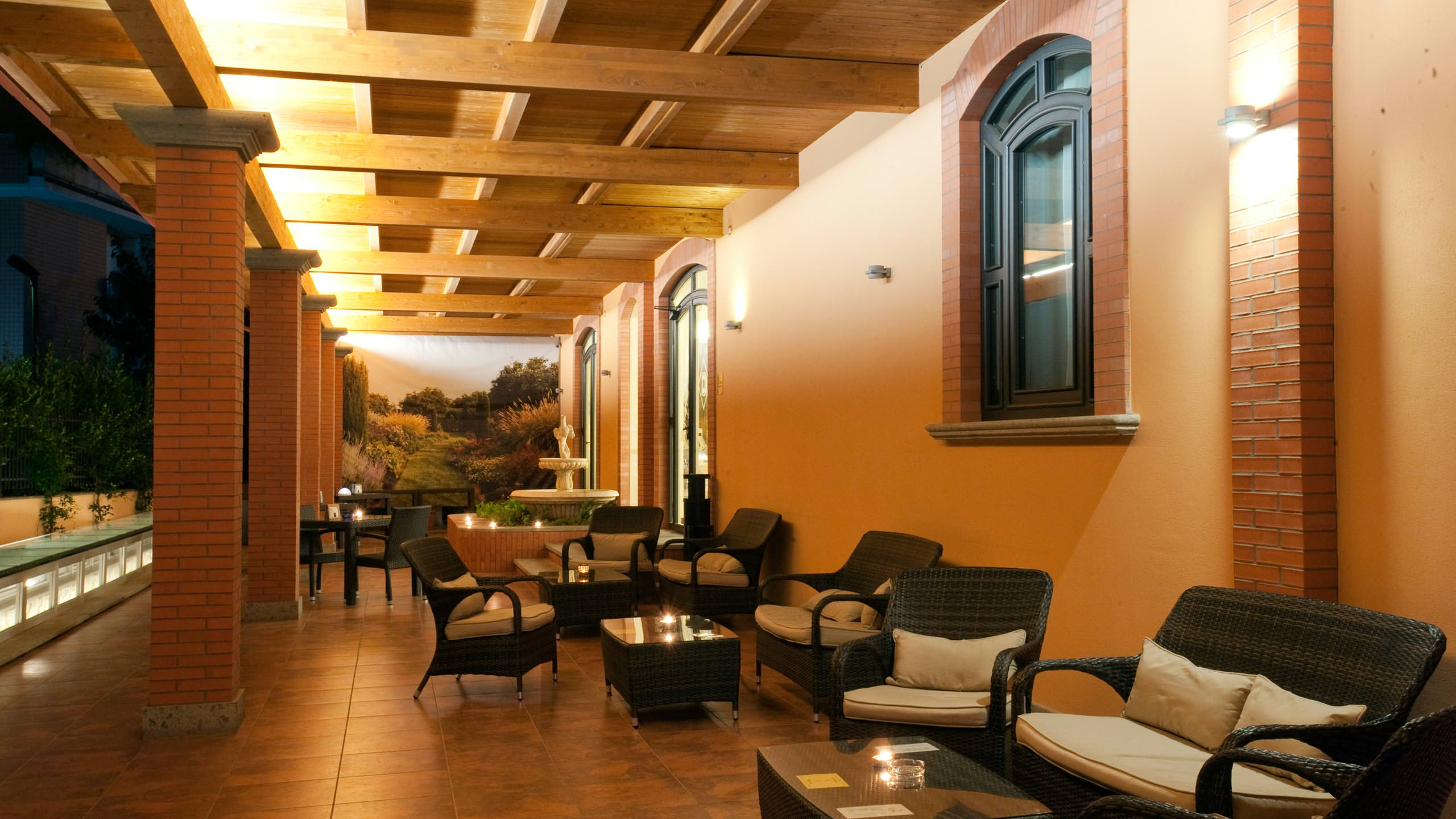 oc-hotel-rome-common-areas-005