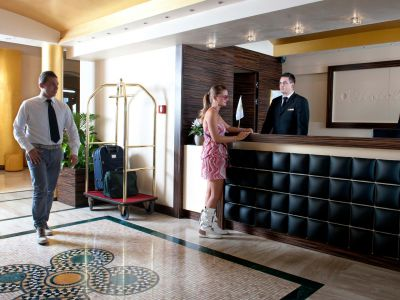 oc-hotel-rome-common-areas-001