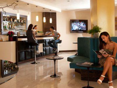 oc-hotel-rome-common-areas-002