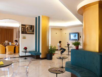 oc-hotel-rome-common-areas-003